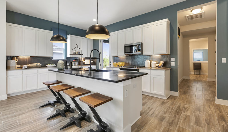 Pacesetter Homes Texas' The Lanai's Kitchen