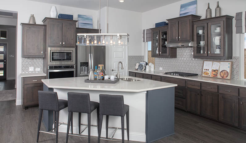 Pacesetter_Anna_Kitchen-796px