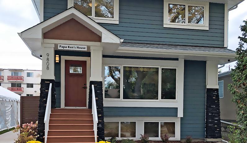 Papa Ken's House - Edmonton