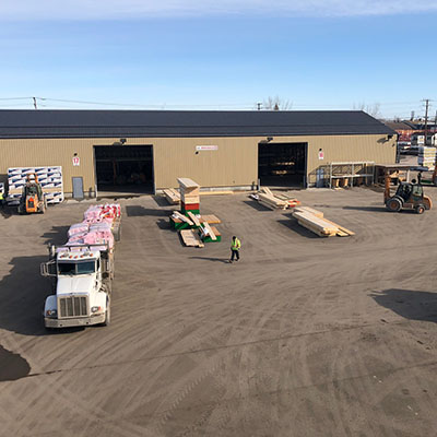 Qualico Truck hauling supplies