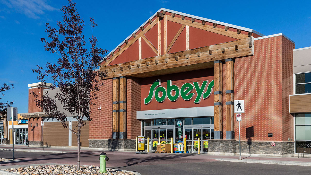 Sobey's in an anchor tenant in the community shopping centre of Evanston Towne Centre.