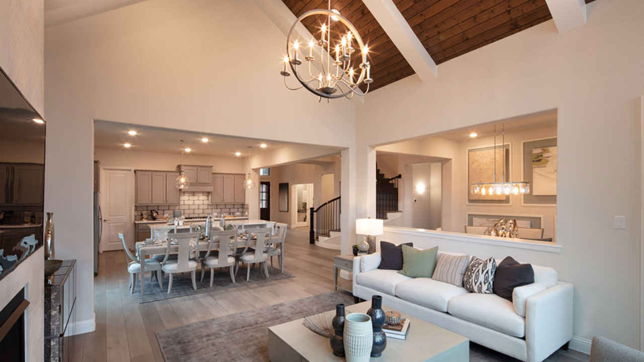 A vaulted ceiling in a showhome built by Pacesetter Homes Dallas
