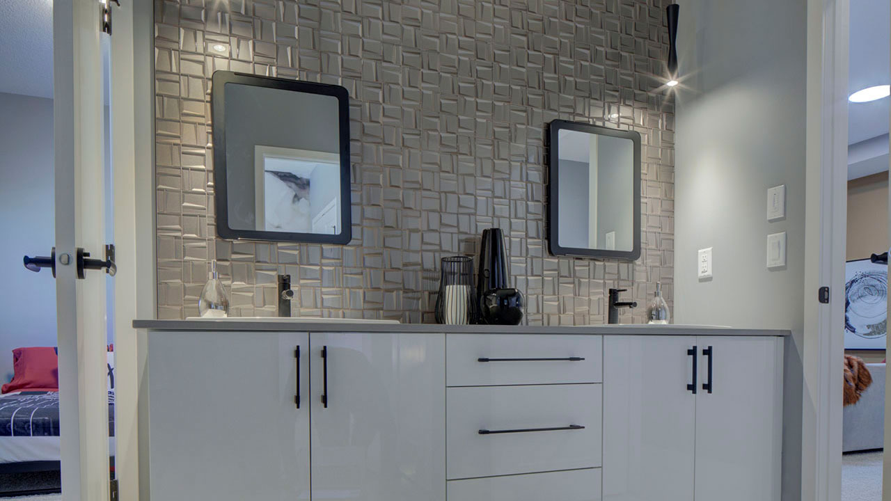 A shared bathroom in a model built by Sterling Homes Edmonton.