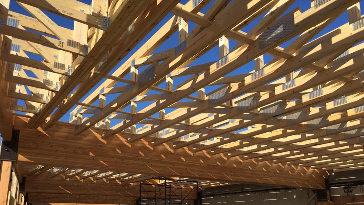 Building truss