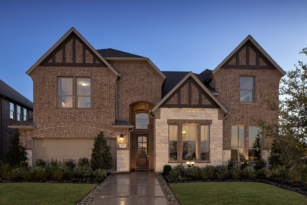 Front view of the Parks at Legacy home by Pacesetter Texas