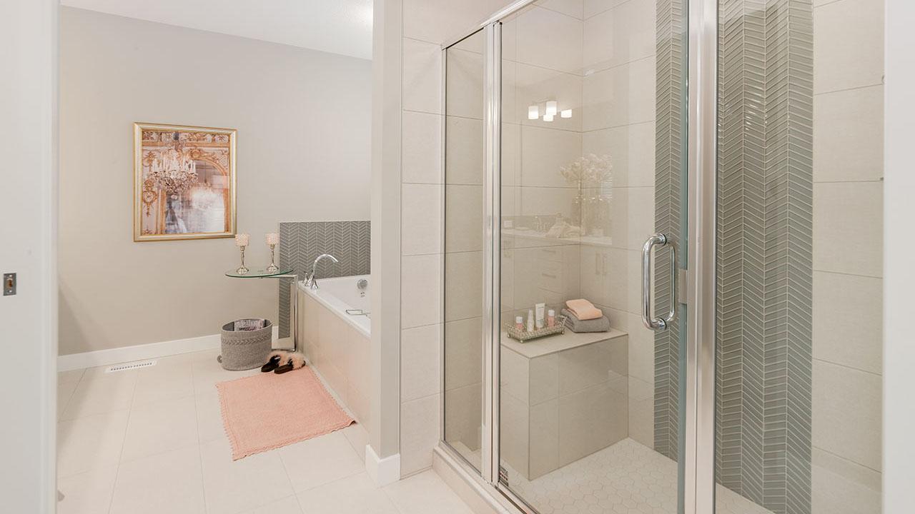 49 Creekside Avenue - Sterling Homes Calgary's Berkshire 2 - Ensuite_Shower