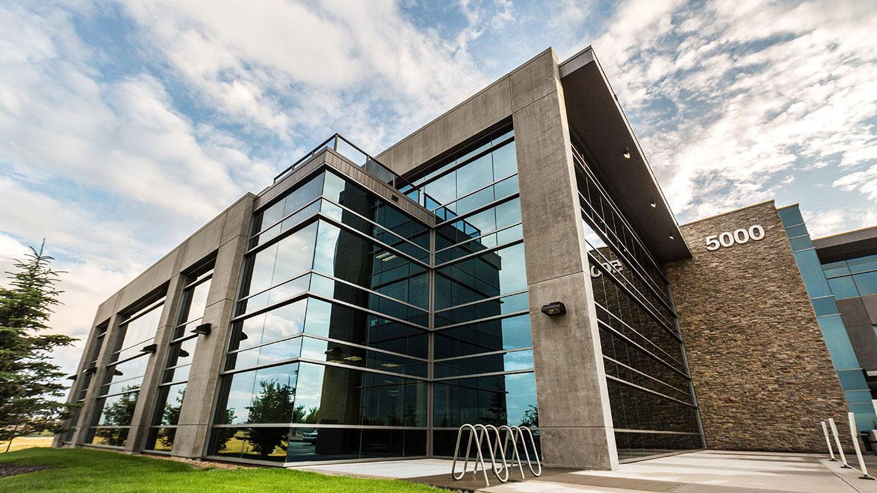 Rancho Calgary - Harvest Hills Office Park Building B - Exterior Side