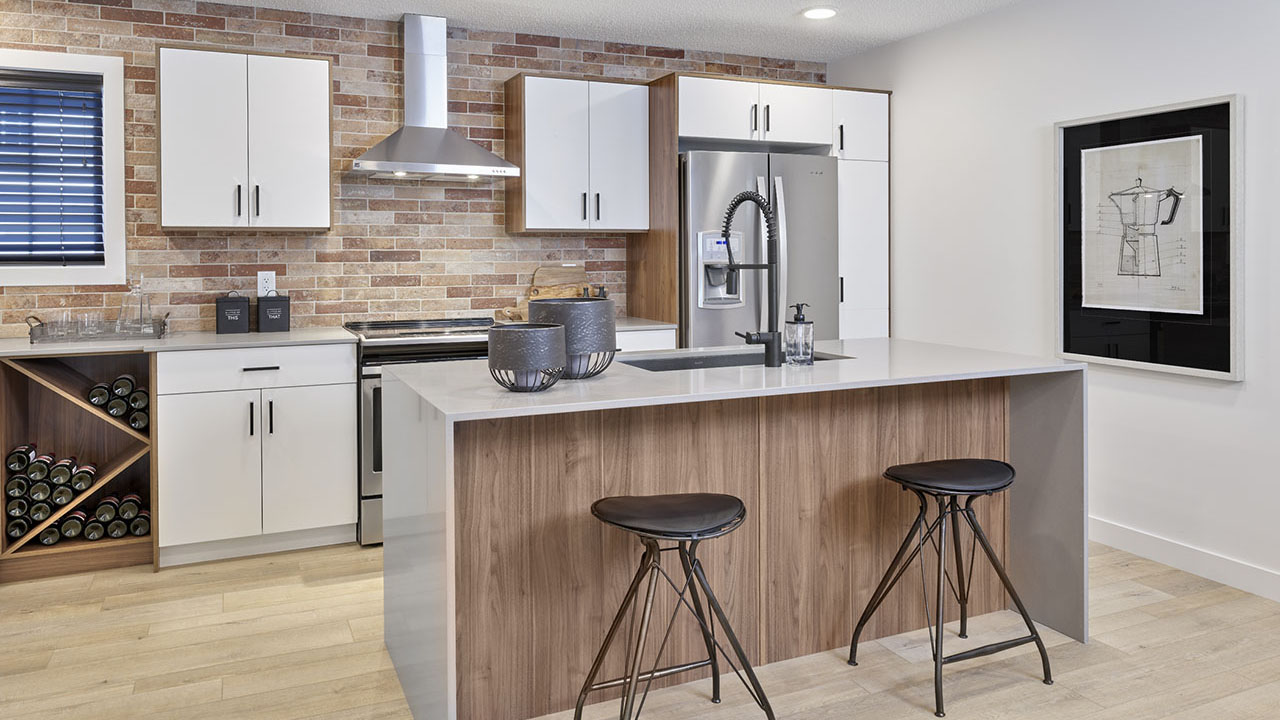 StreetSide Edmonton - Bourbon Townhome - Kitchen