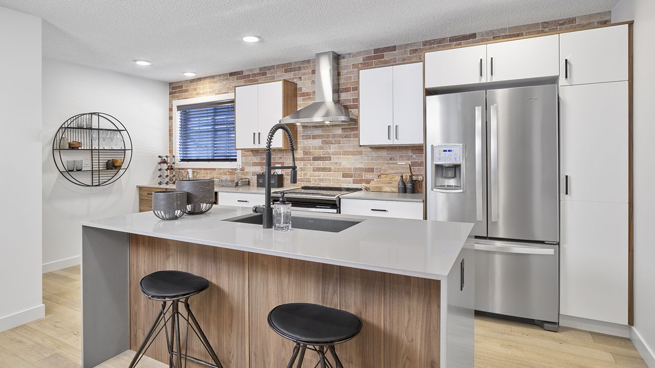 StreetSide Edmonton - Bourbon Townhome - Kitchen2