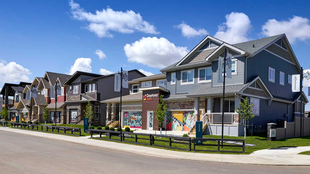 Qualico Edmonton Communities - The Uplands at Riverview - Showhome 2