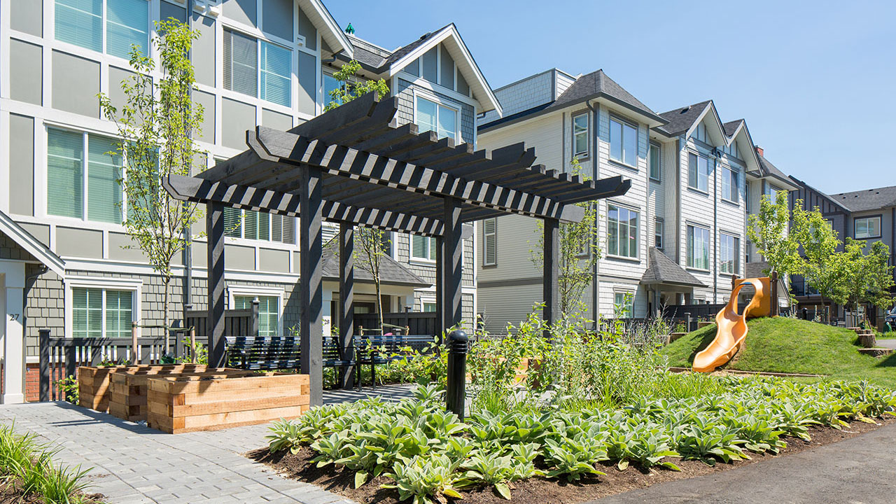 StreetSide Developments BC - Everly Green - Exterior1