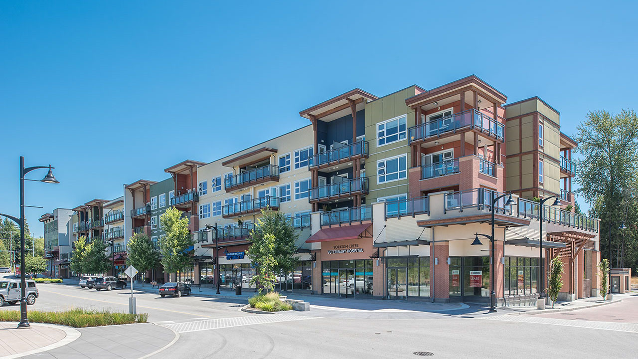 Qualico Commercial Vancouver - Willoughby Town Centre - Exterior2
