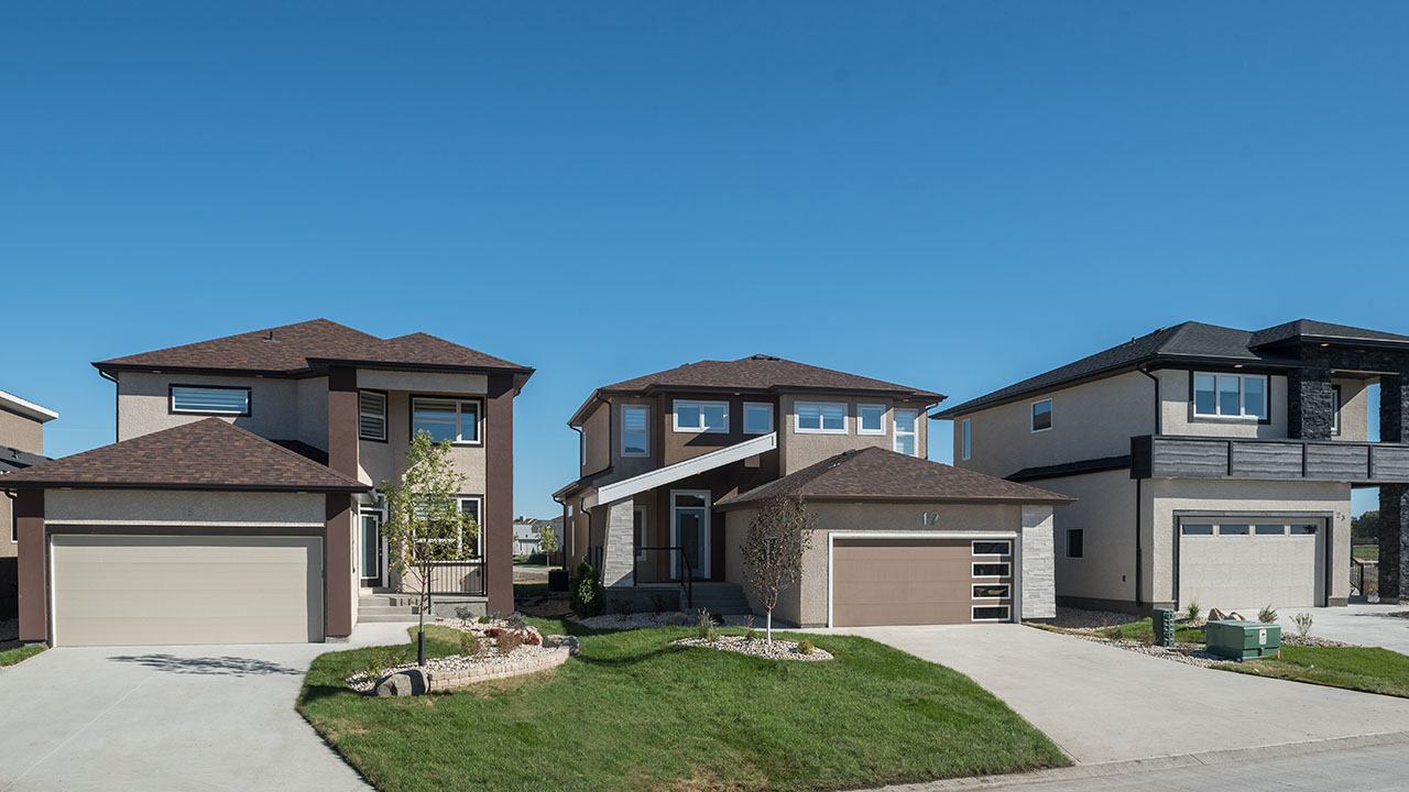 Qualico Communities Winnipeg - River Park South - RowofHomes-2