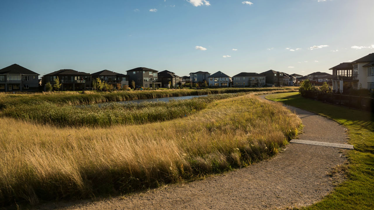Qualico Communities Winnipeg - Sage Creek Community - Walking Path